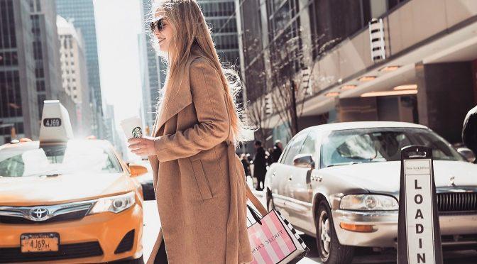 Geld bekommen fürs Reisen? Produkte für lau? Blogging als Beruf
