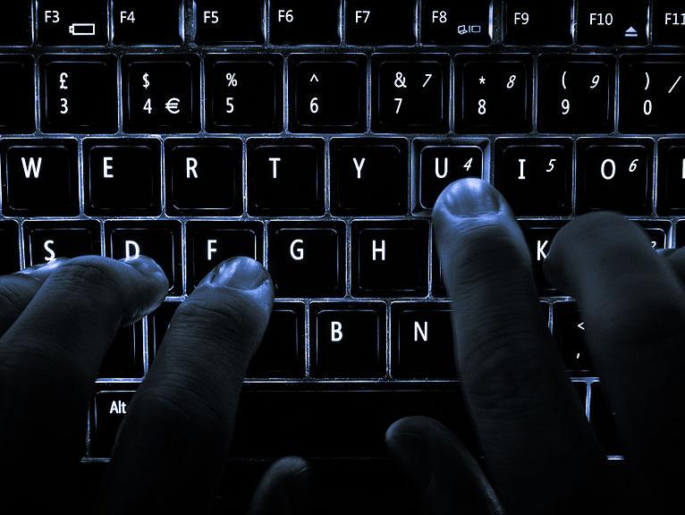 Wie ich gelernt habe, mit Hass im Internet umzugehen