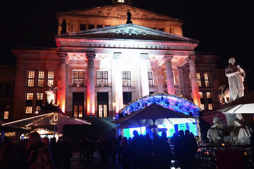 Weihnachtsmarkt Berlin: Schauspielhaus Berlin am Gendarmenmarkt