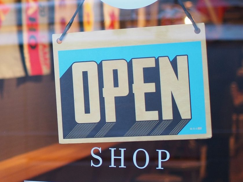 Handlungsrolle im E-Commerce: Consumer, Customer, Contributor